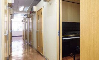 ピアノ演習室(1F)