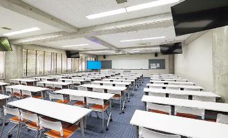 221教室(2F)